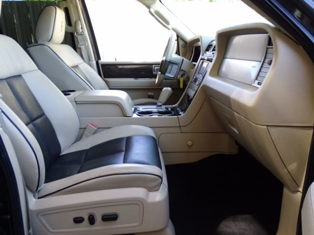 2010 Lincoln Navigator L 2WD San Antonio , Texas 29