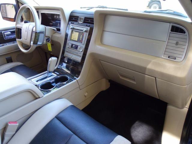 2010 Lincoln Navigator L 2WD San Antonio , Texas 30
