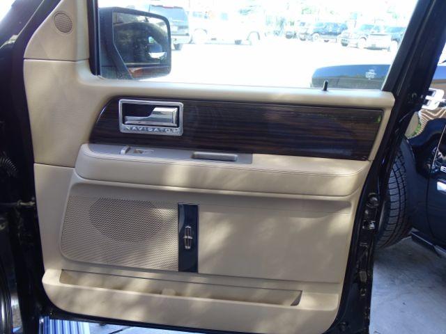2010 Lincoln Navigator L 2WD San Antonio , Texas 31