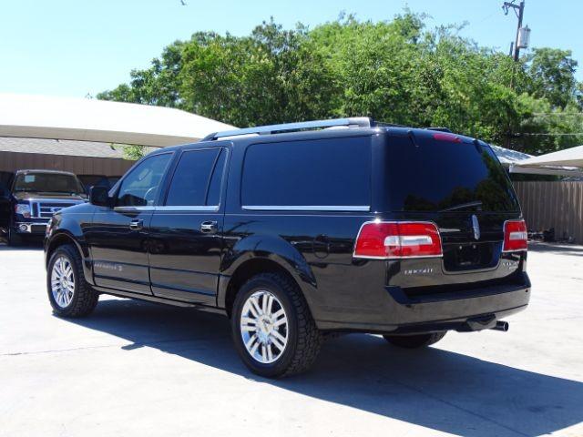2010 Lincoln Navigator L 2WD San Antonio , Texas 4