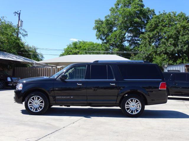 2010 Lincoln Navigator L 2WD San Antonio , Texas 5