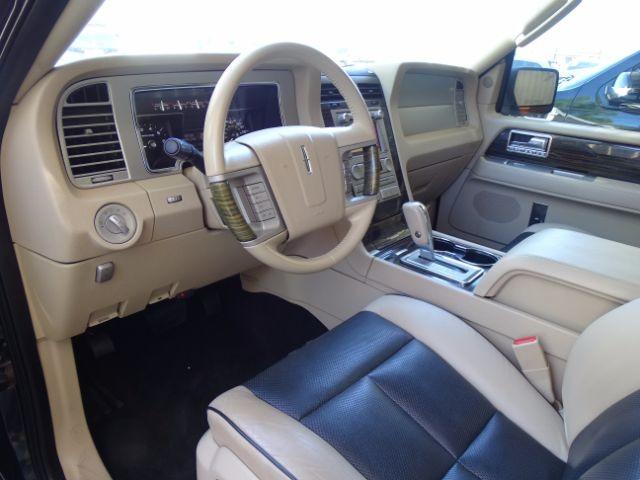 2010 Lincoln Navigator L 2WD San Antonio , Texas 8