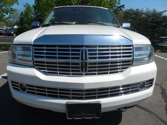 2010 Lincoln Navigator Leesburg, Virginia 6