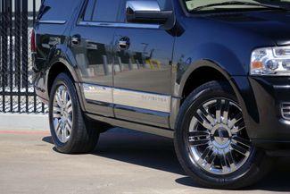 2010 Lincoln Navigator 1-OWNER * Navi * DVD * Chrome 20s * SUNROOF *Quads Plano, Texas 28
