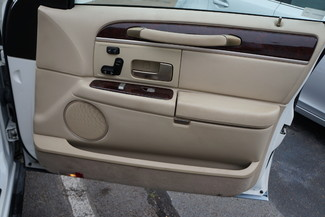 2010 Lincoln Town Car Signature Limited Memphis, Tennessee 17