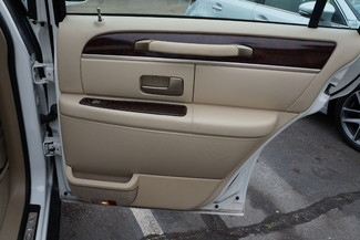 2010 Lincoln Town Car Signature Limited Memphis, Tennessee 23