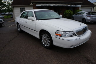 2010 Lincoln Town Car Signature Limited Memphis, Tennessee 1