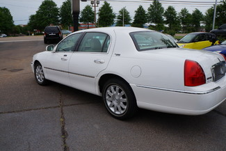 2010 Lincoln Town Car Signature Limited Memphis, Tennessee 31