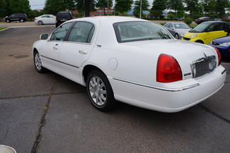 2010 Lincoln Town Car Signature Limited Memphis, Tennessee 3