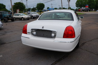 2010 Lincoln Town Car Signature Limited Memphis, Tennessee 35