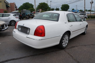 2010 Lincoln Town Car Signature Limited Memphis, Tennessee 37