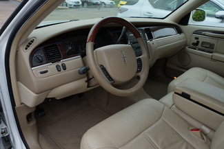 2010 Lincoln Town Car Signature Limited Memphis, Tennessee 10