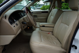 2010 Lincoln Town Car Signature Limited Memphis, Tennessee 4