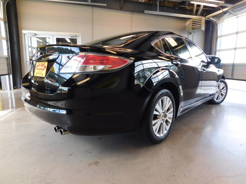 2010 Mazda 6 i Touring  city TN  Doug Justus Auto Center Inc  in Airport Motor Mile ( Metro Knoxville ), TN
