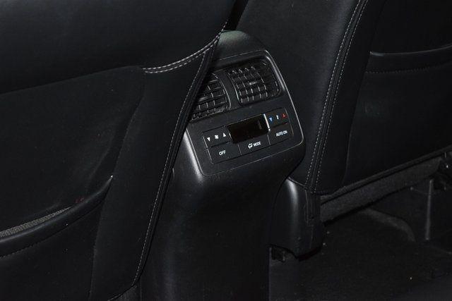 2010 Mazda CX-9 Touring Richmond Hill, New York 18