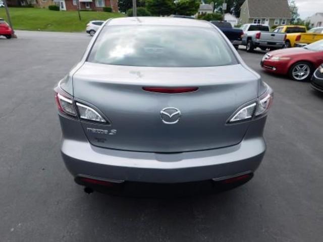 2010 Mazda Mazda3 i Touring Ephrata, PA 4