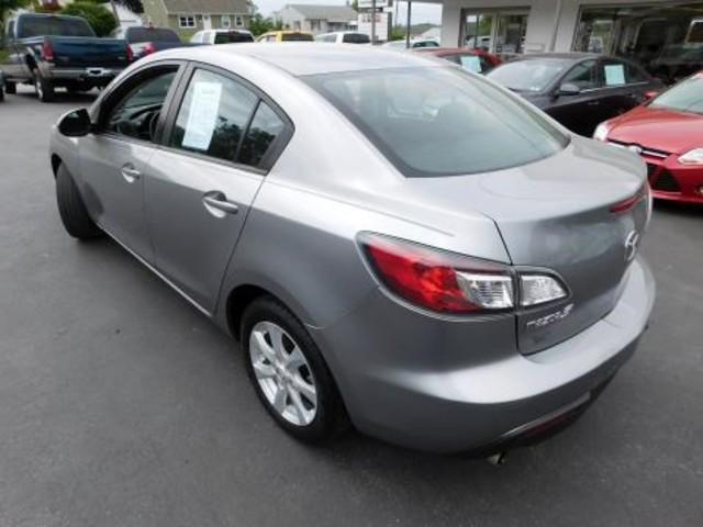 2010 Mazda Mazda3 i Touring Ephrata, PA 5