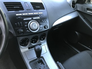 2010 Mazda Mazda3 i Touring Knoxville , Tennessee 25
