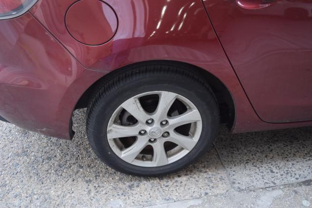 2010 Mazda Mazda3 i Touring Richmond Hill, New York 4