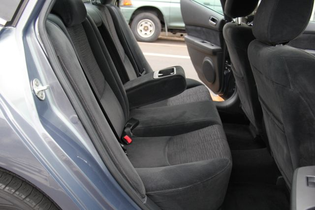 2010 Mazda Mazda6 i Sport Reseda, CA 14