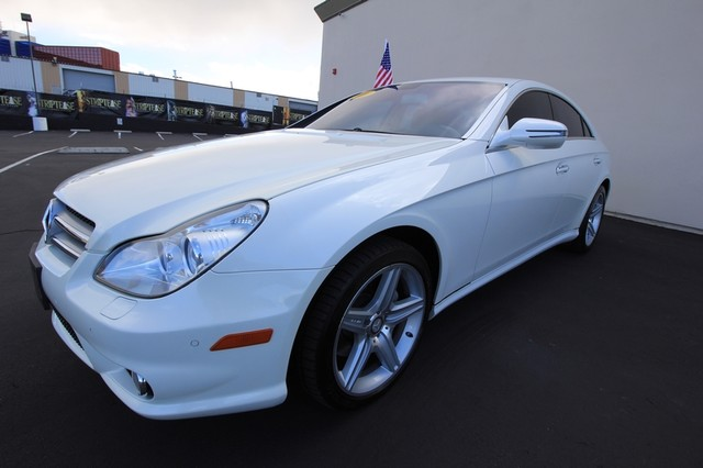 2010 Mercedes-Benz CLS550*AMG SPORT PKG* HARMON* NAVI* BACK UP*  COOL SEAT* LOW MILES* MOON* EVERY OPTION* WOW Las Vegas, Nevada 0