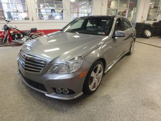 2010 Mercedes E350 4-Matic STUNNING!~ LUXURIOUS STYLE, LOADED, DVD Saint Louis Park, MN 9
