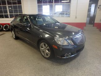 2010 Mercedes E350 4-Matic LUXURIOUS AND LOADED. DEAL OF THE YEAR Saint Louis Park, MN