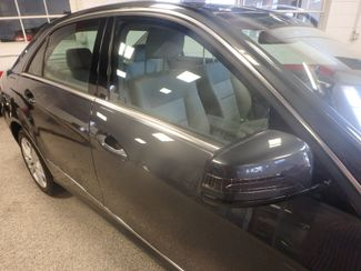 2010 Mercedes E350 4-Matic LUXURIOUS AND LOADED. DEAL OF THE YEAR Saint Louis Park, MN 23