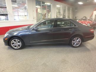 2010 Mercedes E350 4-Matic LUXURIOUS AND LOADED. DEAL OF THE YEAR Saint Louis Park, MN 9