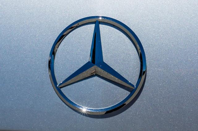2010 Mercedes-Benz E 550 Luxury - P2 PKG - NAVI - HTD/CLD STS - XENON Reseda, CA 49