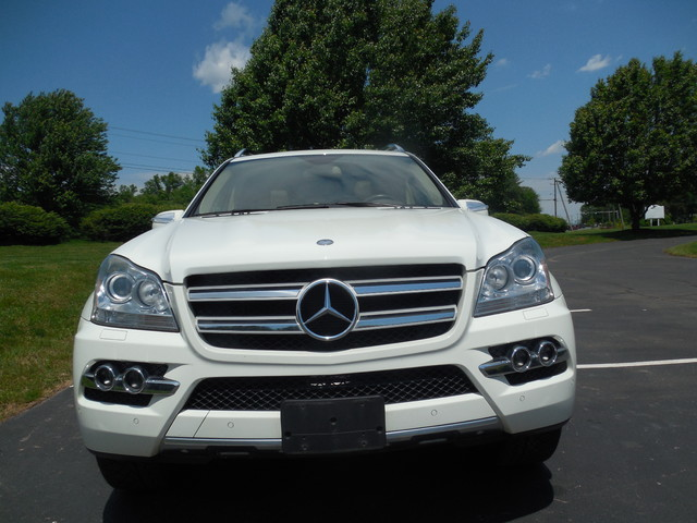 2010 Mercedes-Benz GL 450 4MATIC Leesburg, Virginia 6