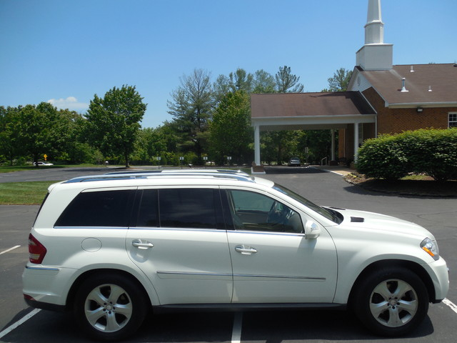 2010 Mercedes-Benz GL 450 4MATIC Leesburg, Virginia 5