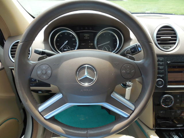 2010 Mercedes-Benz GL 450 4MATIC Leesburg, Virginia 15