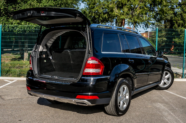 2010 Mercedes-Benz GL 450 P1 PKG - AUTO - NAVI - 104K MILES - 3RD ROW Reseda, CA 11