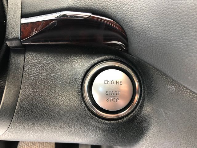 2010 Mercedes-Benz GL 550 4MATIC Sterling, Virginia 30