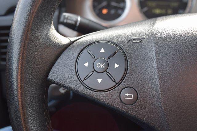 2010 Mercedes-Benz GLK 350 GLK 350 Richmond Hill, New York 28