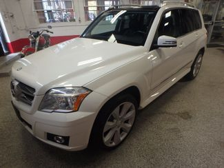 2010 Mercedes Glk350 4-MATIC. SERVICED AND INSPECTED. VERY CLEAN! Saint Louis Park, MN 9