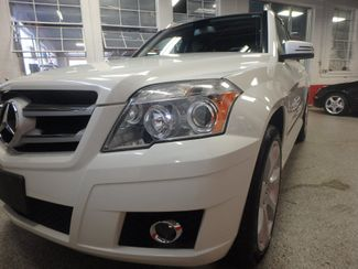 2010 Mercedes Glk350 4-MATIC. SERVICED AND INSPECTED. VERY CLEAN! Saint Louis Park, MN 16