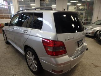2010 Mercedes Glk 350 VERY SHARP,& CLEAN, AWD, WINTER READY! Saint Louis Park, MN 9