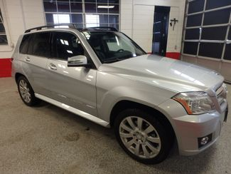 2010 Mercedes Glk 350 VERY SHARP,& CLEAN, AWD, WINTER READY! Saint Louis Park, MN 11