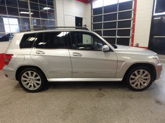 2010 Mercedes Glk 350 VERY SHARP,& CLEAN, AWD, WINTER READY! Saint Louis Park, MN 12