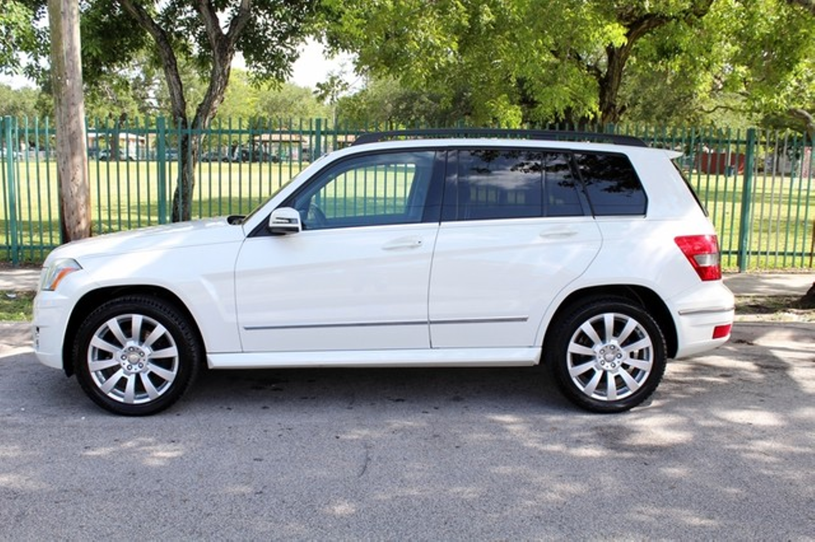 2010 mercedes benz glk350 350 4matic city florida the for Mercedes benz glk350 2010