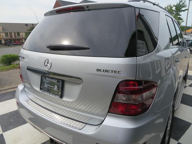 2010 Mercedes-Benz ML 350 BlueTEC Charlotte-Matthews, North Carolina 6