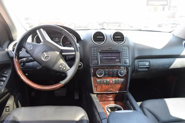 2010 Mercedes-Benz ML 350 ML350 SUV Richmond Hill, New York 6