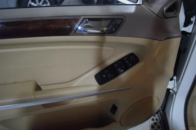 2010 Mercedes-Benz ML 350 ML350 SUV Richmond Hill, New York 13