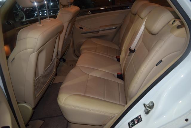 2010 Mercedes-Benz ML350 4 dr SUV Richmond Hill, New York 7
