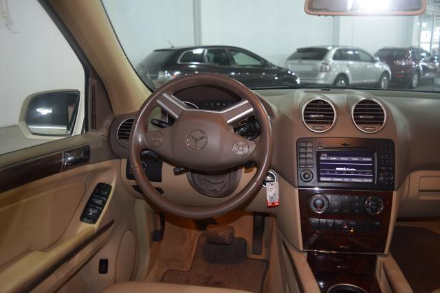 2010 Mercedes-Benz ML350 4 dr SUV Richmond Hill, New York 8