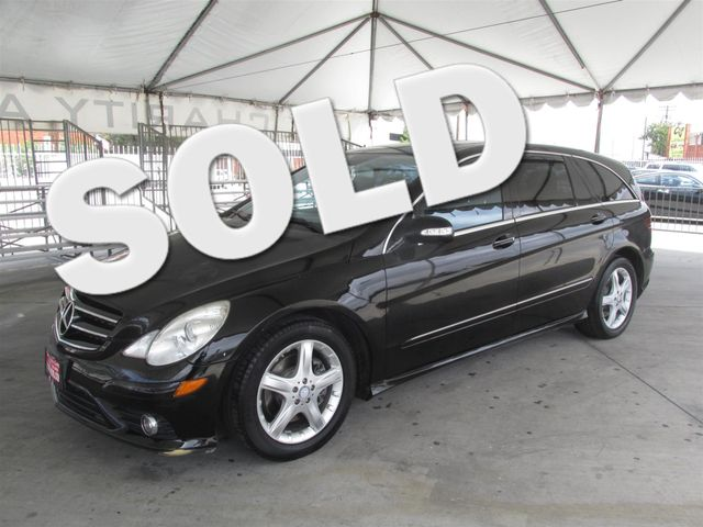 2010 Mercedes R 350 BlueTEC This particular Vehicle comes with 3rd Row Seat Please call or e-mail