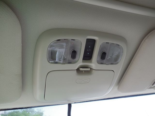 2010 Mercury Mariner AWD Hybrid Leesburg, Virginia 31