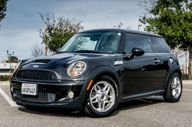 2010 Mini Hardtop S - 61K MILES - MANUAL Reseda, CA 1